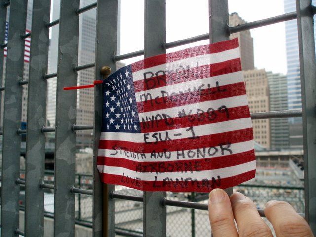 2006.09.10 WTC 06.jpg