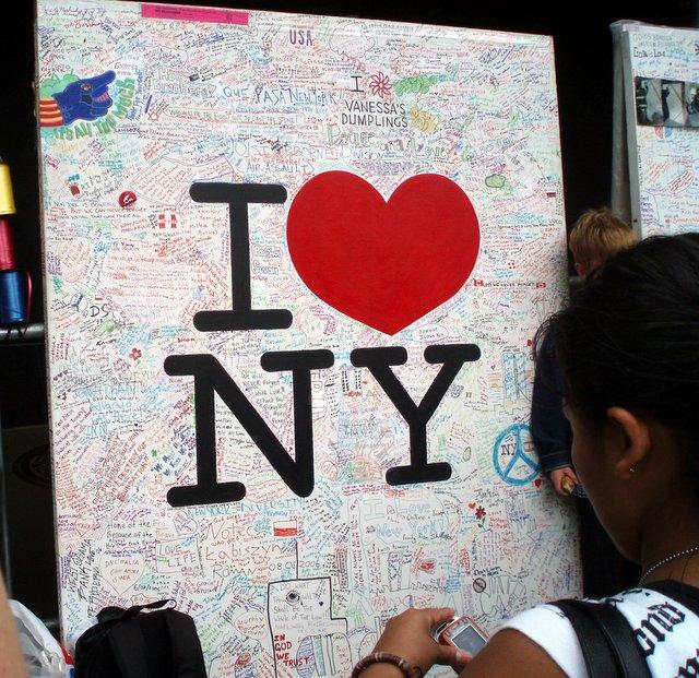 2006.09.10 WTC 09.jpg