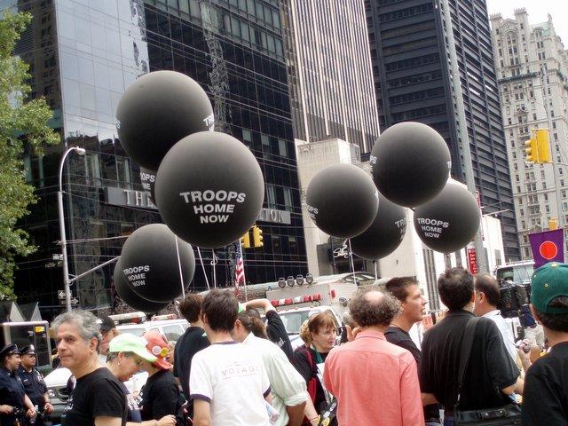 2006.09.10 WTC 13.jpg