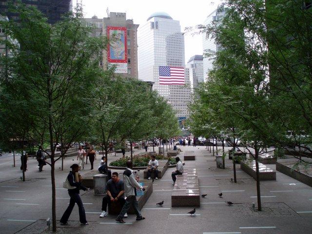 2006.09.10 WTC 20.jpg